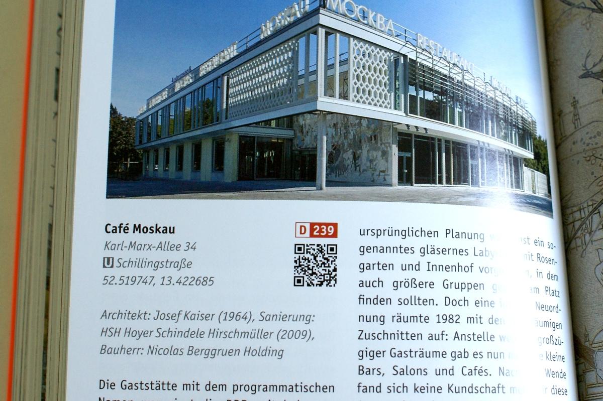 Das Café Moskau im Architekturführer Berlin-Mitte: Wer's nicht kennt, kann sich per Smartphone hinführen lassen ...
