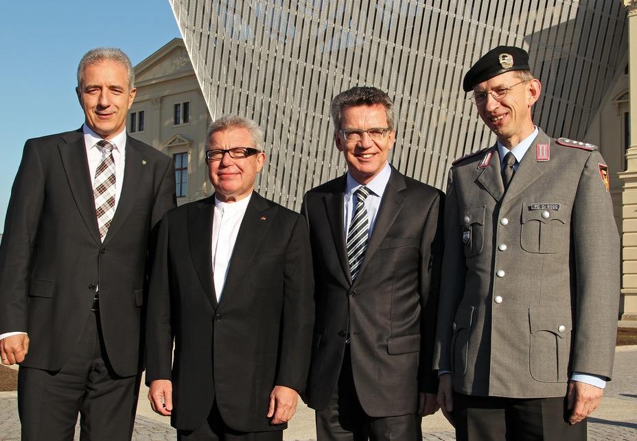 Der Architekt in der Öffentlichkeit (Festakt zur Neueröffnung des Militärhistorischen Museums der Bundeswehr, 10/2011)