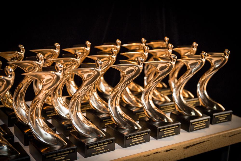Goldener Phönix: Die Trophäen für die Gewinner des Architects' Darling® Award 2014