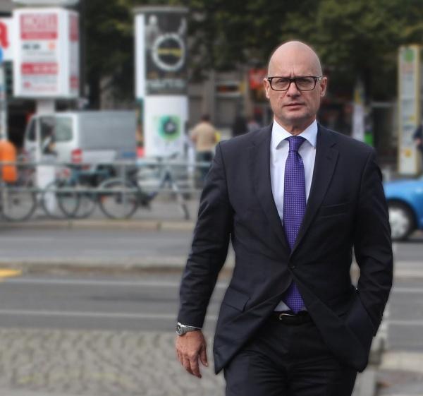 Prof. Christoph Langhof