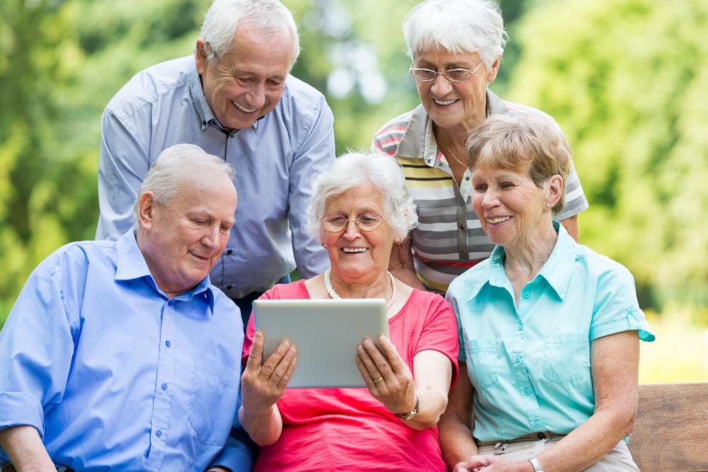 Senioren mögen Facebook (Foto: Fred Froese)