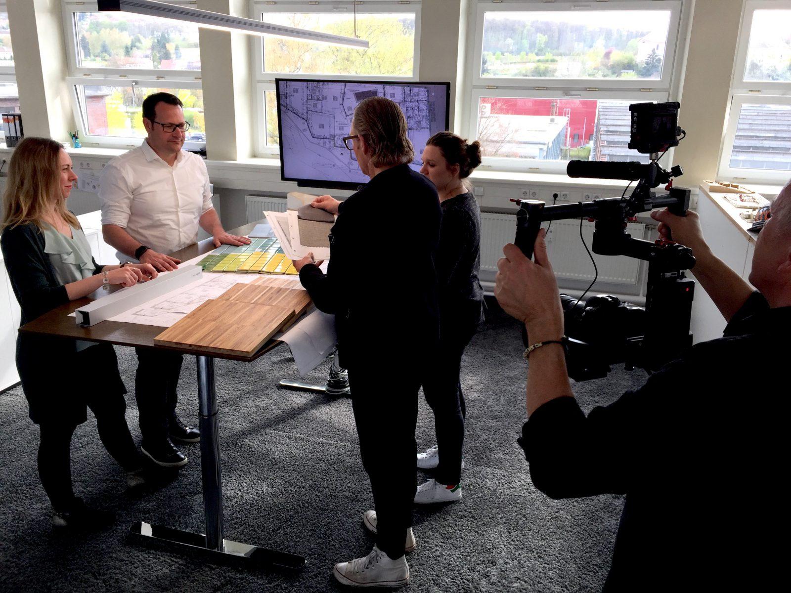 Relativ Das Planungsbüro in Szene setzen – so entsteht ein Unternehmensfilm TB12