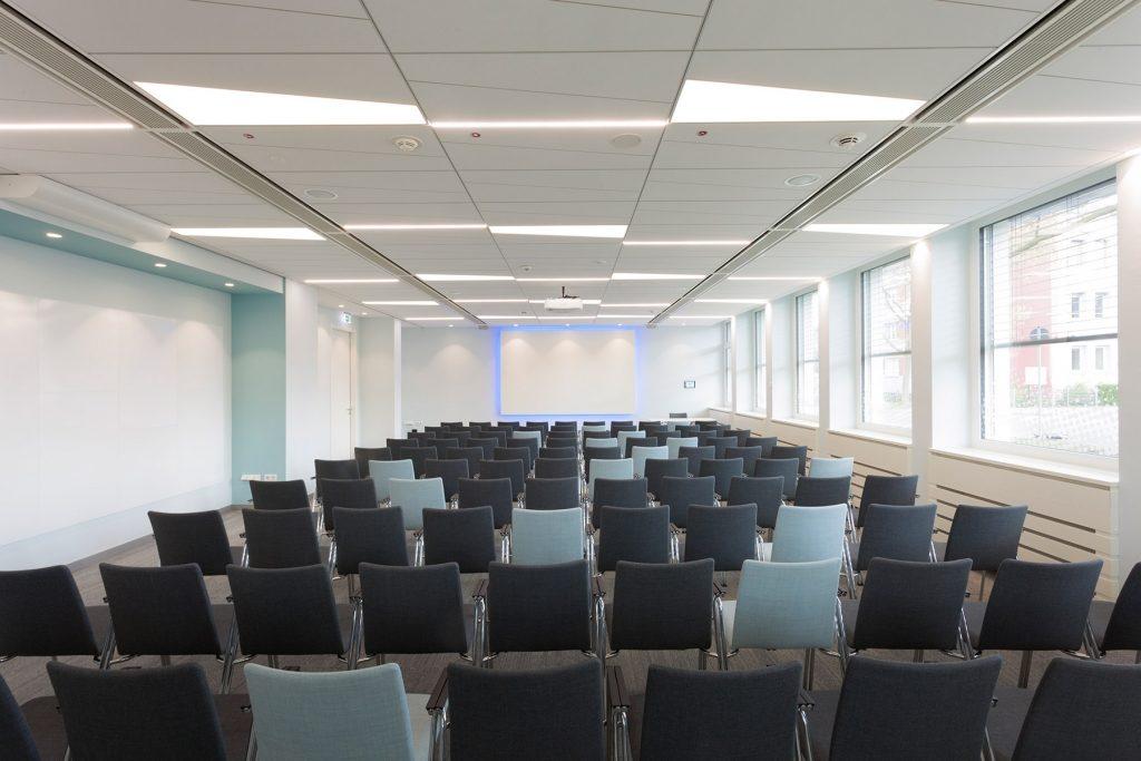 """Der Tagungsraum """"Max Planck"""" – hier findet unser Lehrgang statt (Foto: VCC Vogel Convention Center GmbH)"""
